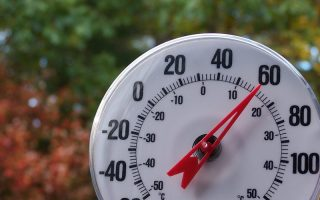 Learn your Outdoor temperature with this Temperature Gauge